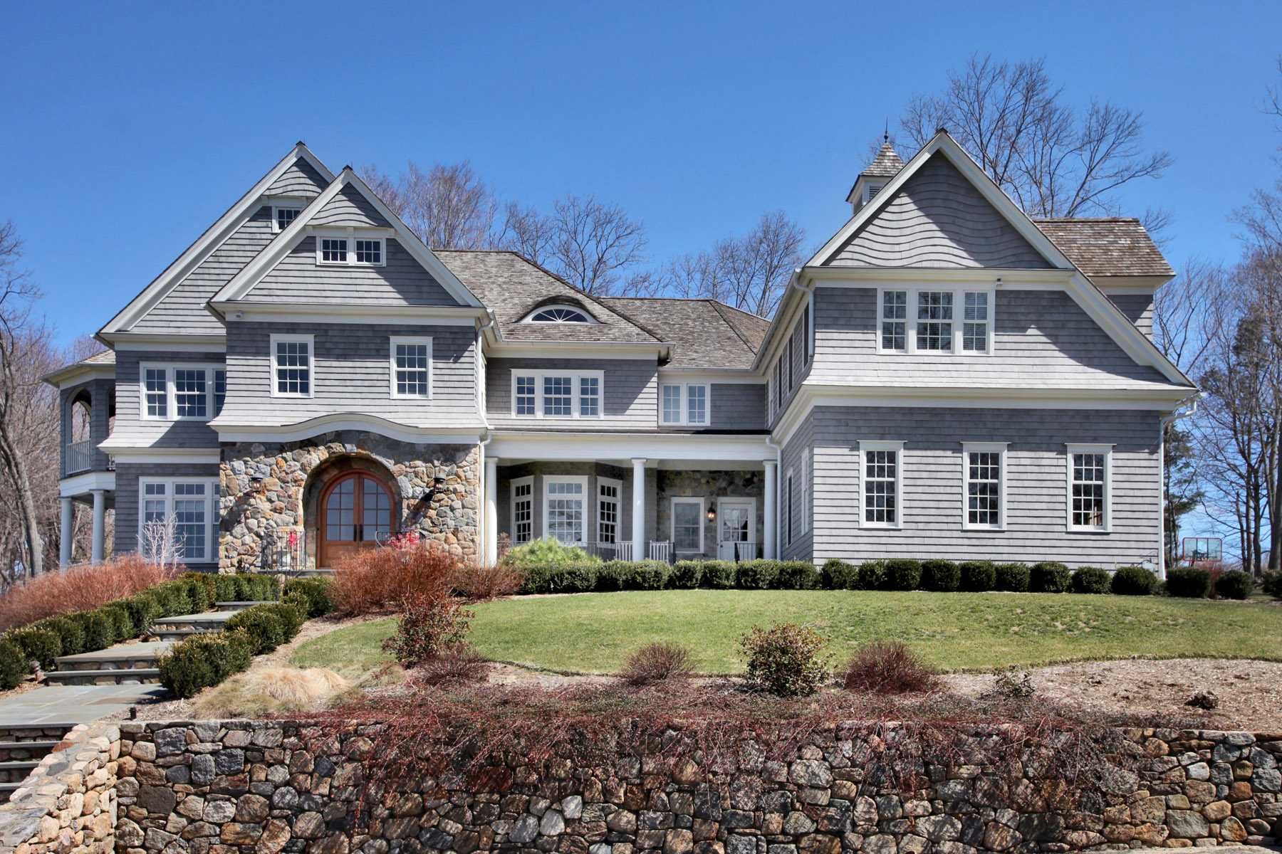 Featured homes westport real estate linda skolnick for Connecticut home builders