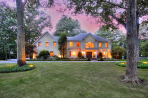 11 Meeker Road, Westport, CT